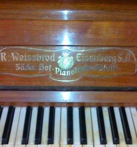 Антикварное пианино R. Weissbrod Eisenberg