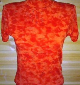 футболка-водолазка цвет красный