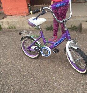 Продам велосипед диаметр колёс 14