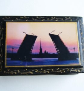 Маленькая шкатулка с Санкт-Петербургским мостом