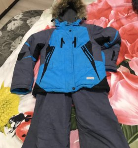 Лыжный костюм для девочки