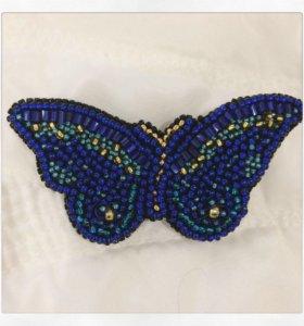 Брошь из бисера бабочка