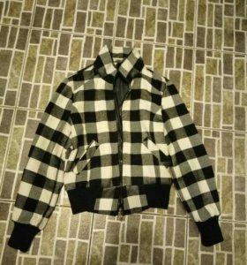 Куртка р-р 40 на теплую весну