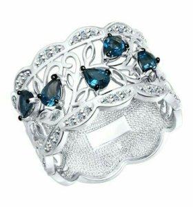 Ювелирный серебряный набор серьги и кольцо