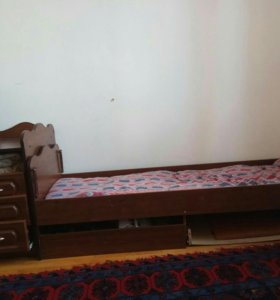 Кровать матрас и тумба
