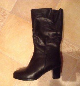 Зимние новые кожаные сапоги  (натуральная кожа)