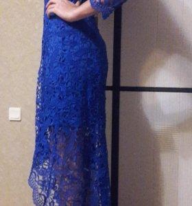 Платье кружевное новое