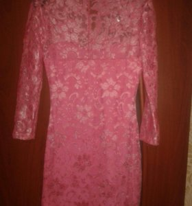 Платье 40-42размер