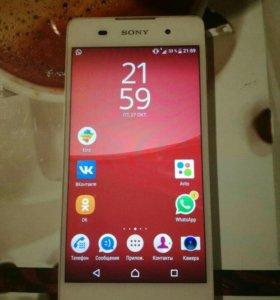 Sony Xperia Е5