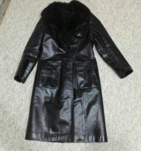Дубленка, приталенное кожаное пальто на меху