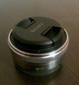 Sony 16mm f2.8