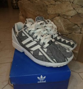 Кроссовки adidas zx flux torsion