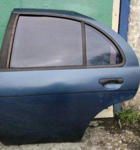 Продам заднюю левую дверь Nissan Almera N15 хэтч