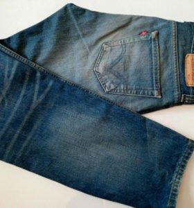Levi's джинсы 533