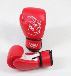 Перчатки боксерские и детские