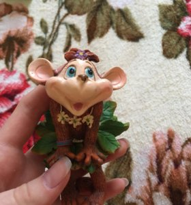 Фигурка обезьянка