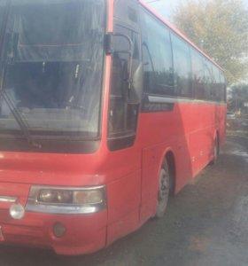 Автобус Хундай Аэро Экспресс