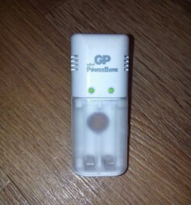 Зарядник аккумуляторных батареек