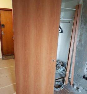 Дверь б/у с коробкой и наличниками