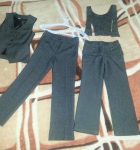 брюки, пиджак и жилет для девочки р.30 и р.34