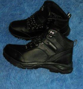 Мужские кроссовки-Зима