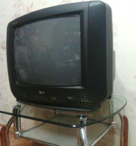 Продам 2 телевизора,каждый по 3 тысячи каждый