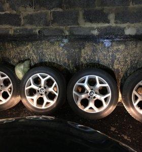 Комплект шин+ диски на BMW