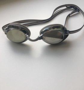 Плавательные очки Speedo