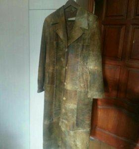 Пальто женское из нат. кожи
