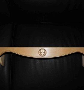 Полка для икон с узором деревянная прямая