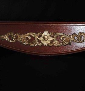 Полка для икон с узором деревянная угловая