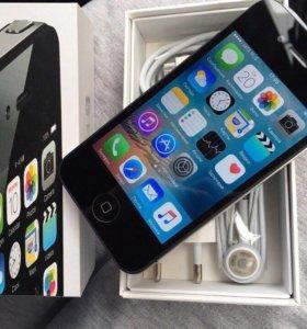 Iphone 4S на 16 гб Чёрный