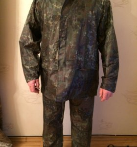 Новый костюм охотника рыбака, водооталкивающий.