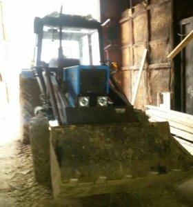 Мтз трактор.