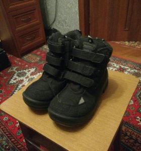 Ботинки зимние. Куома. 33 размер.