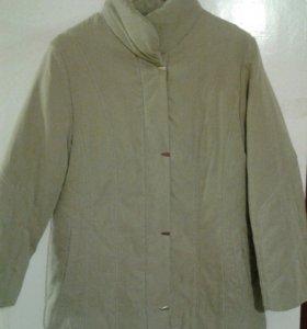 Куртка теплая, отличное состояние!