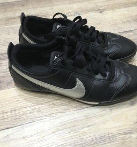 Как новые кроссовки Nike ( оригинал )