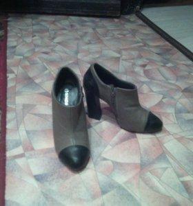 Продам осенние туфли