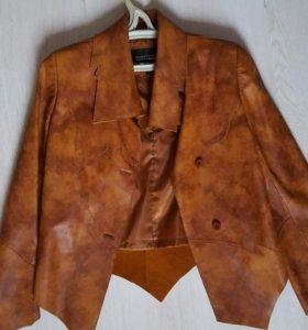 Куртка фирменная кожанная