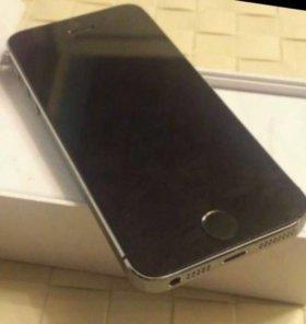 Айфон 5 s  ( РСТ ) 32 Gb .
