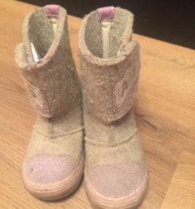 Зимние ботинки детские 26