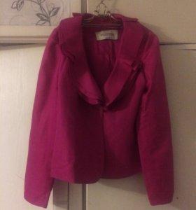 Брендовый пиджак Valentino