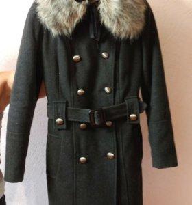 Зимнее двубортное пальто