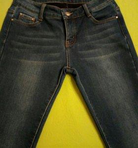 Утеплённые джинсы 44-46 р.