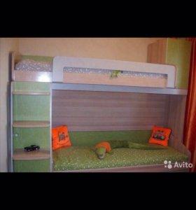 Двухъярусная кровать,шкаф,стол,стеллаж, тумба
