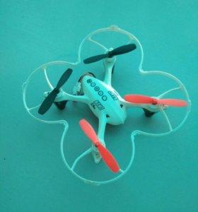 Квадрокоптер с HD камерой и с подсветкой