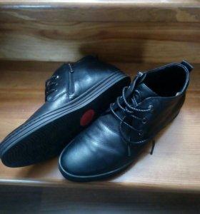 Межсезонные ботинки мужские