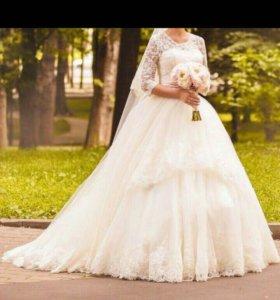 Свадебное платье,торг уместен!