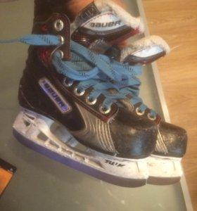 Хоккейные коньки Bauer vapor x 100 yth