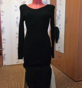 Платье чёрное в обтяжку